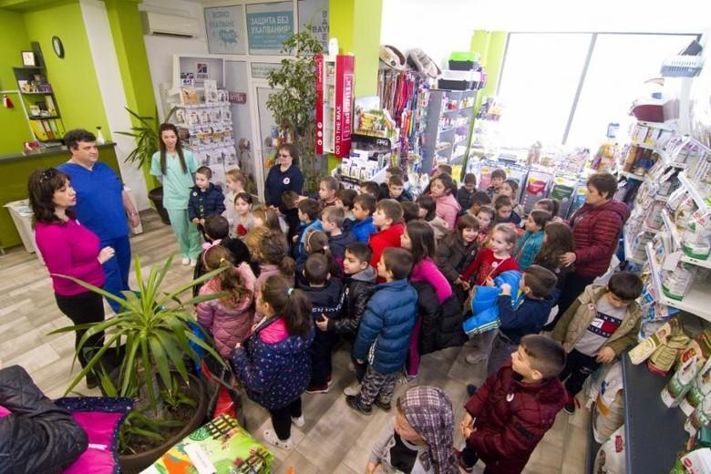 kids-teacher-room