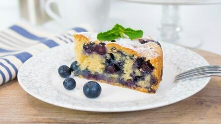 Easy Vegan Blueberry Cake Recipe