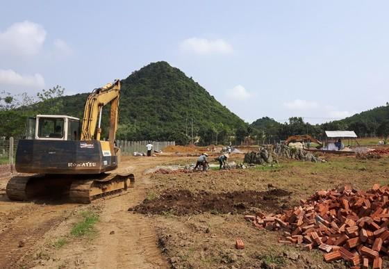 Bauarbeiten für den BÄRENWALD Ninh Binh