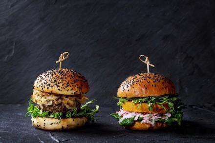 Fleischburger vs. Vegiburger