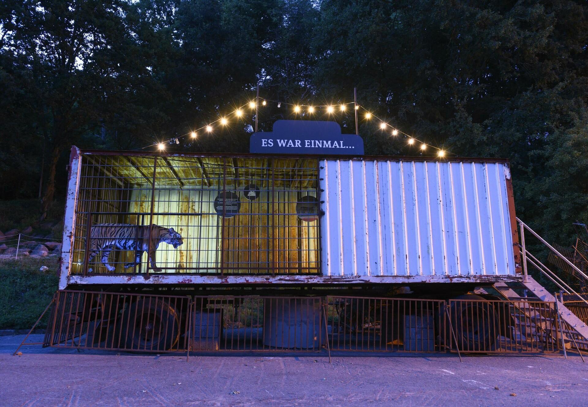 Zirkustiere - eine Austellung in der TIERART Wildtierstation