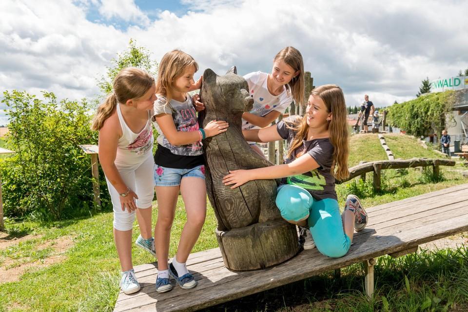 Spaß für die kleinen Gäste im BÄRENWALD Arbesbach