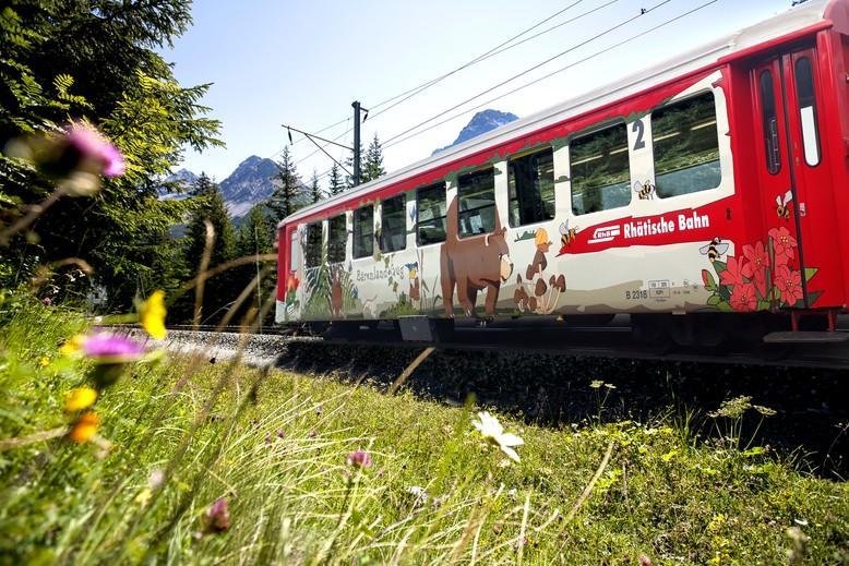 Bärenwagen der Rhätischen Bahn
