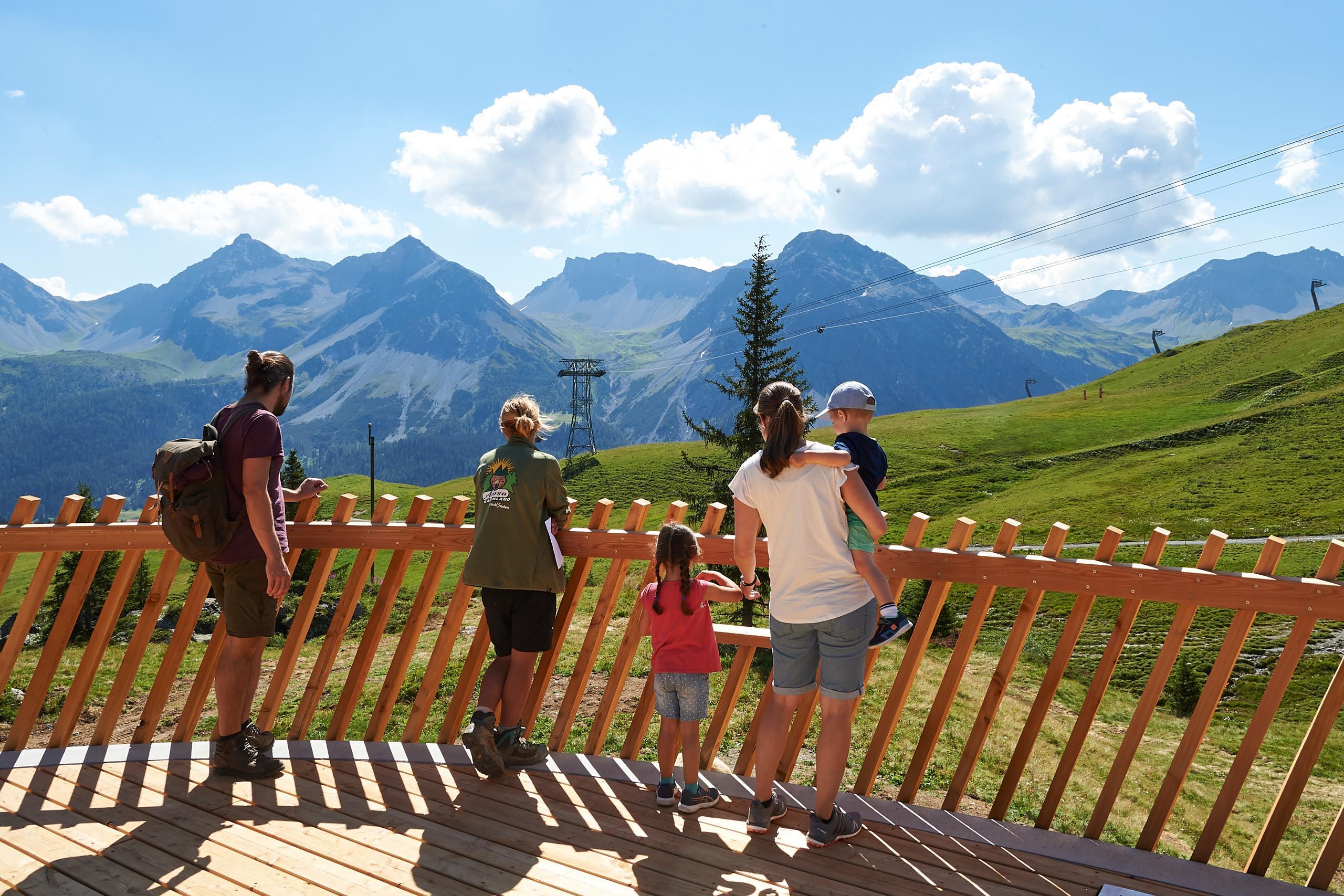 Besucherplattform Arosa Bärenland