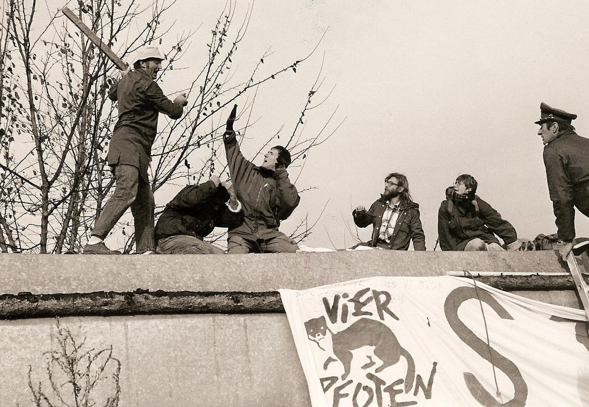 FOUR PAWS activists occupy fur farm in 1990