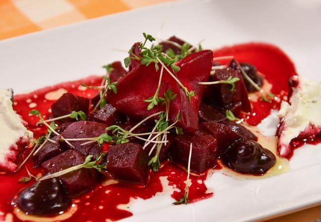 Vorspeise: Rote Rüben Salat