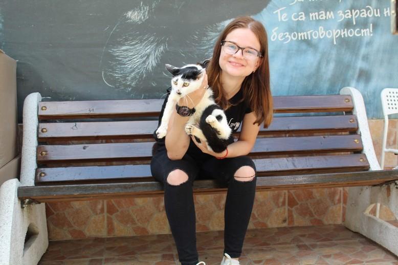 cat-girl-bench