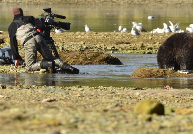 Dreharbeiten im Fluss