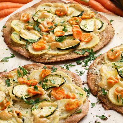Flammkuchen mit Kartoffelscheiben