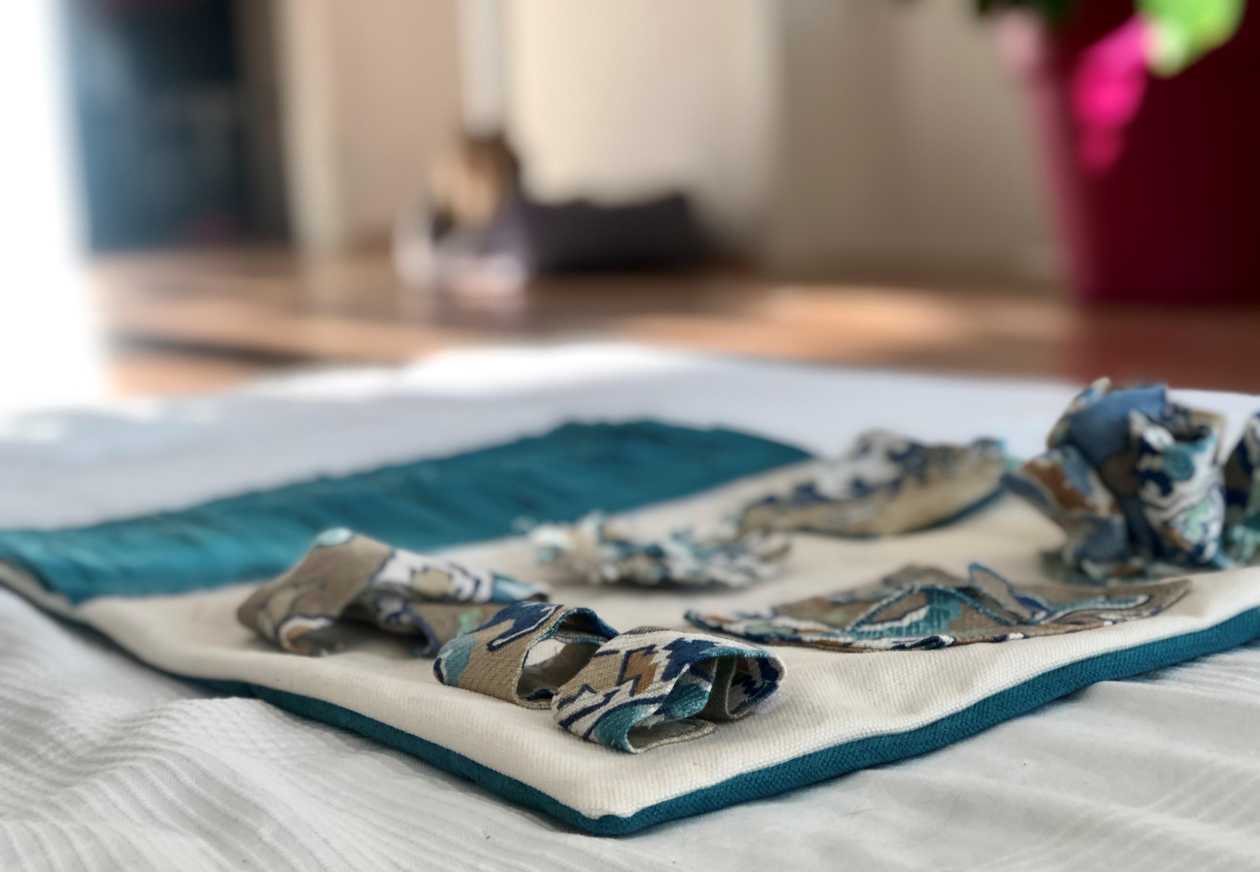 Un tapis de fouille est un excellent moyen d'enrichissement