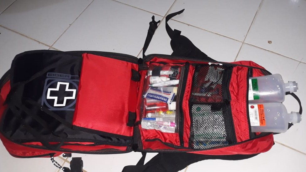 Help us to buy an emergency health kit for our orangutans