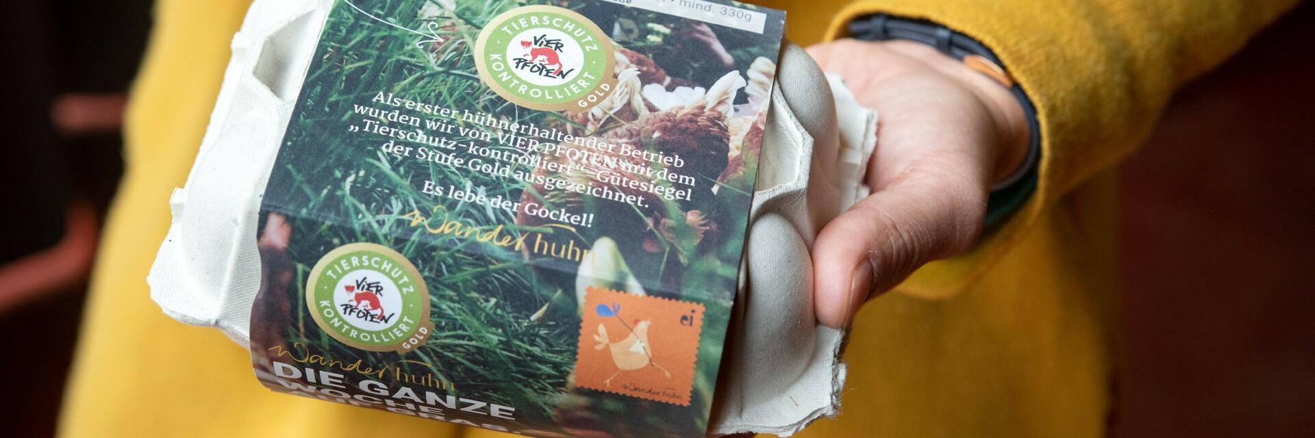 """Eier von Wanderhuhn mit dem """"Tierschutz kontrolliert"""" Gütesiegel"""