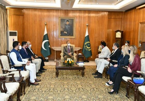Dr Amir Khalil and his team meets the President