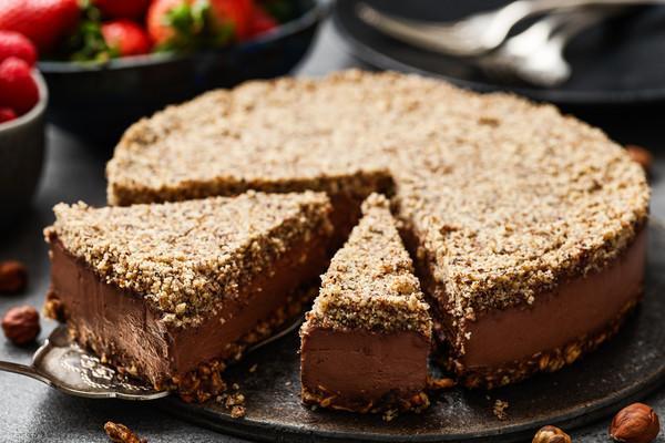 vegane Mousse au Chocolat-Torte